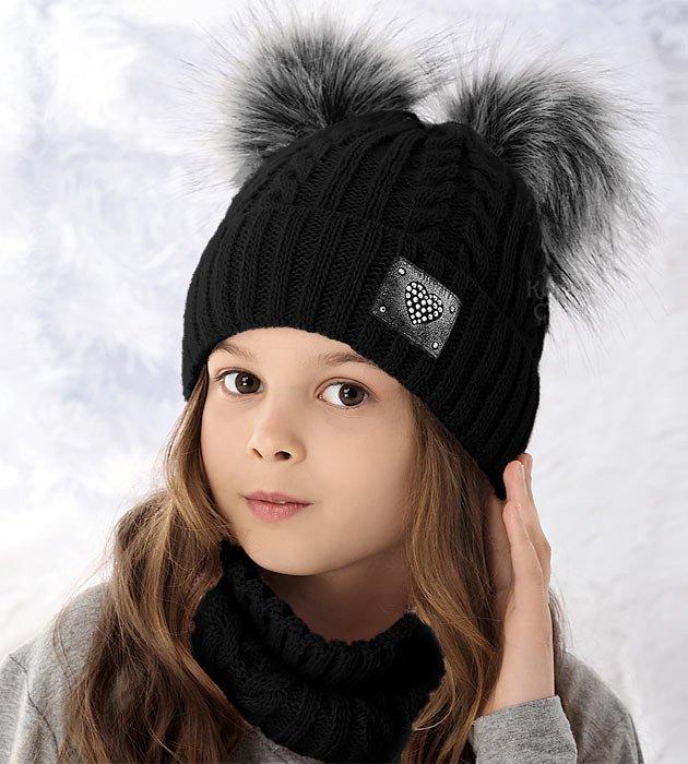d56b6283051ba6 Czapka zimowa dla dziewczynki z dwoma pomponami i komin, zestaw czarny  Juana, rozm. 52-56 cm
